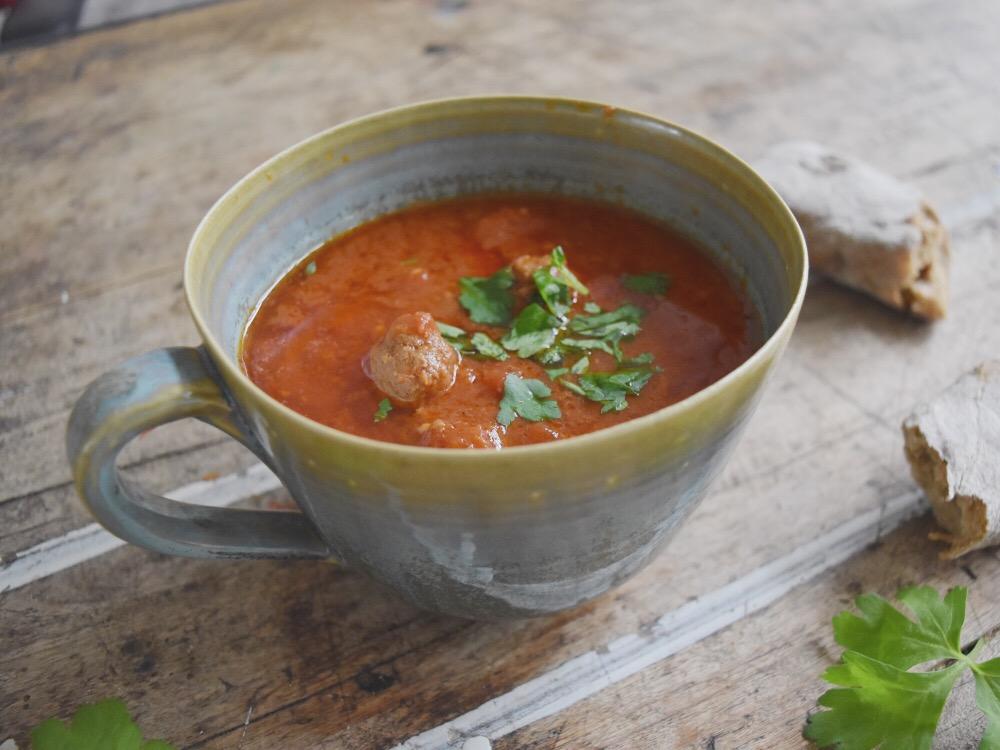 gezonde tomatensoep met balletjes