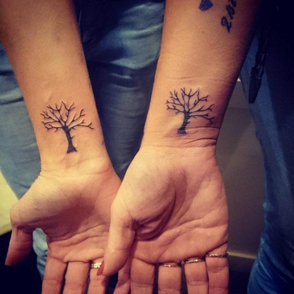 De Allerleukste Vriendschap Tattoos One Hand In My Pocket