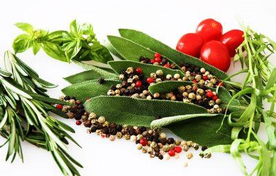 verschil tussen kruiden en specerijen
