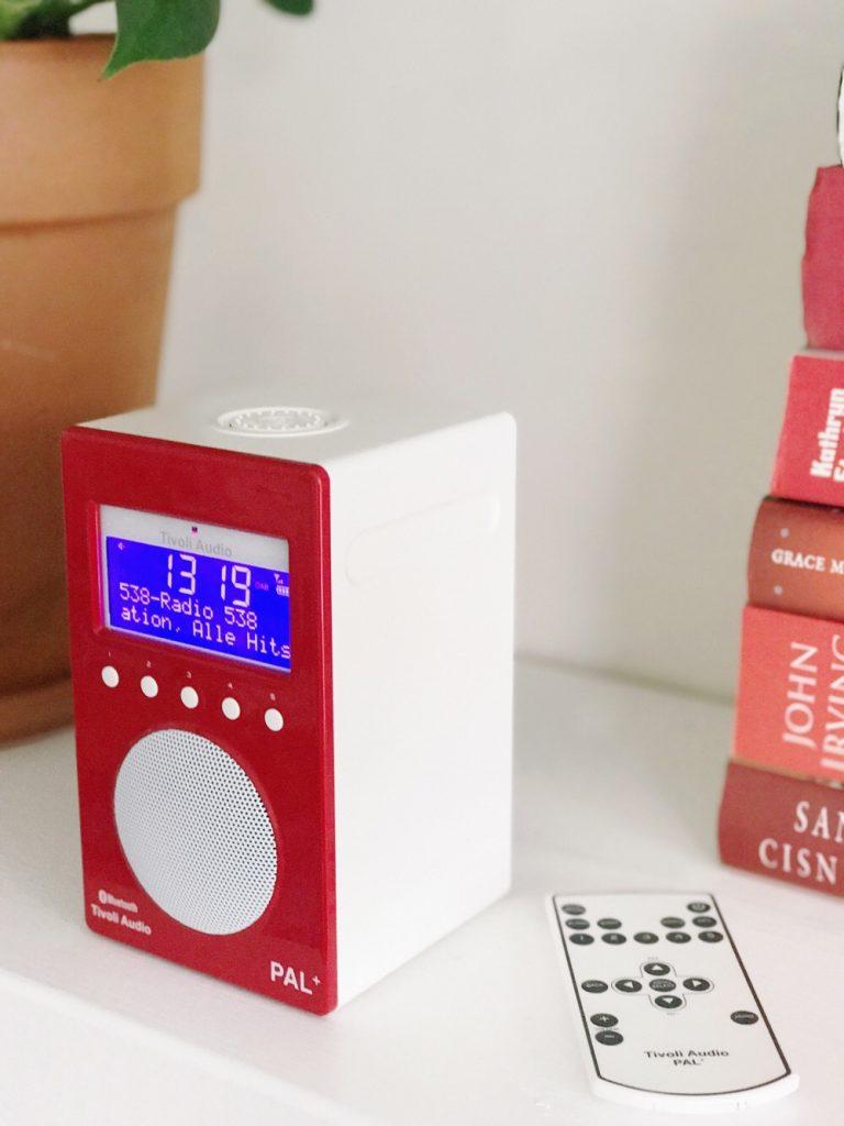 Tivoli radio rood