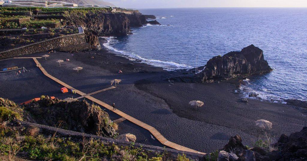 zwarte strand van La Palma