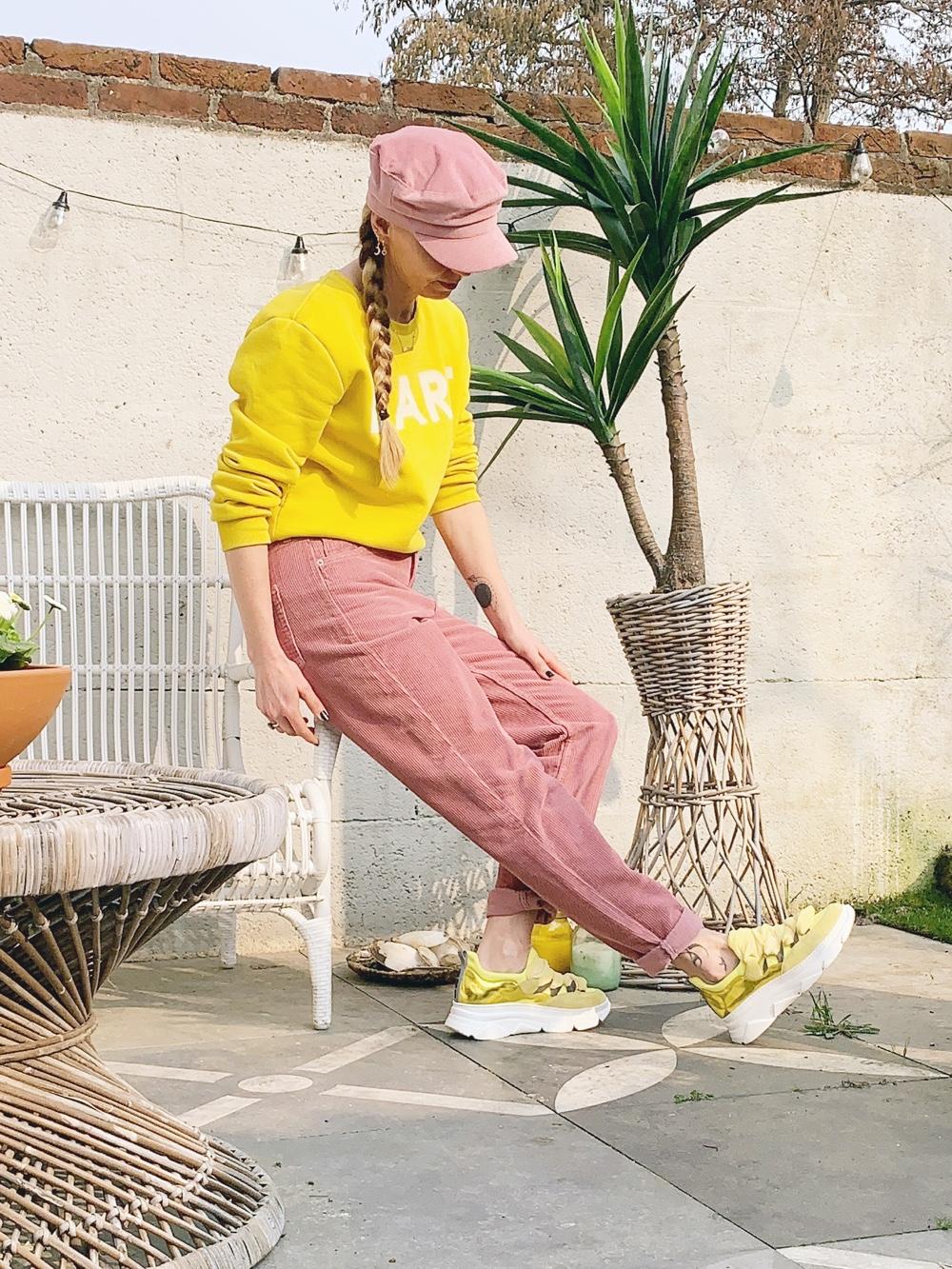 roze outfit met geel