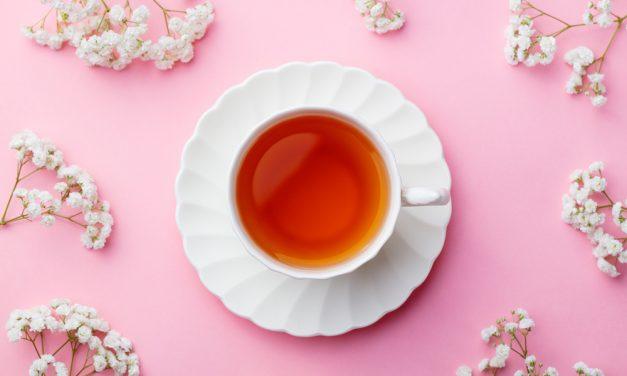 Dit is de juiste thee temperatuur + 10 theeweetjes