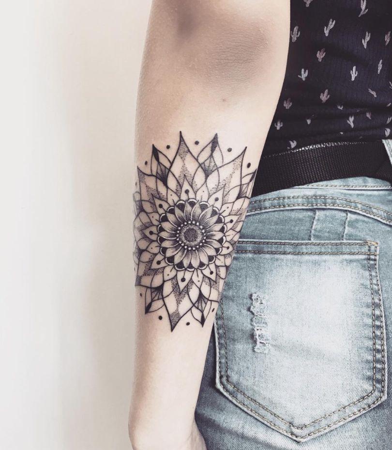30x Prachtige Zonnebloem Tattoos En De Betekenis One