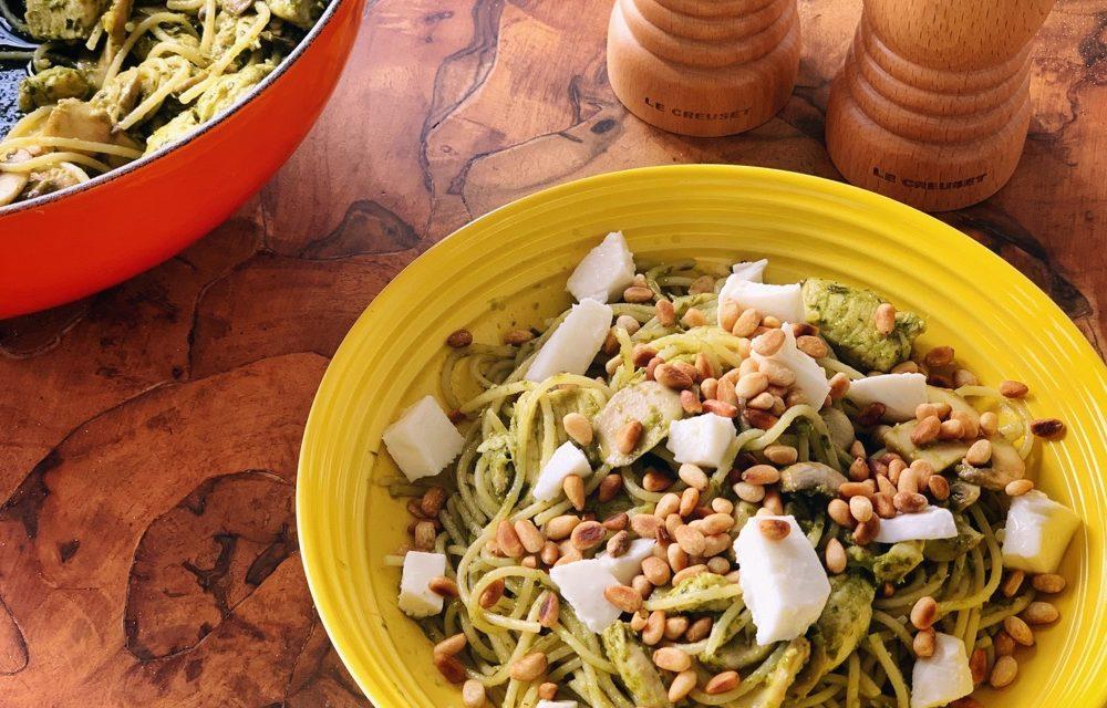 Easy zomerrecepten   pesto pasta met kip