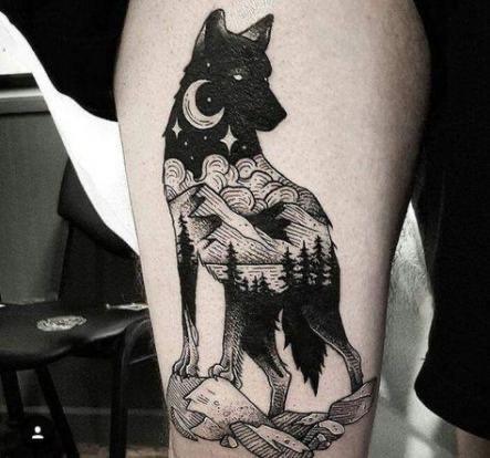 wolf & moon tattoo